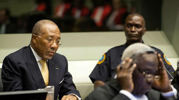 Der liberianische Ex-Diktator Charles Taylor vor dem Sierra Leone-Tribunal