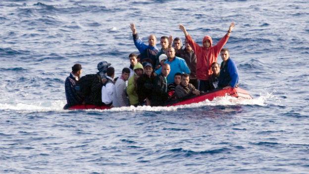 Australien schafft Flüchtlinge, die von Indonesien ins Land kommen, sofort aus.