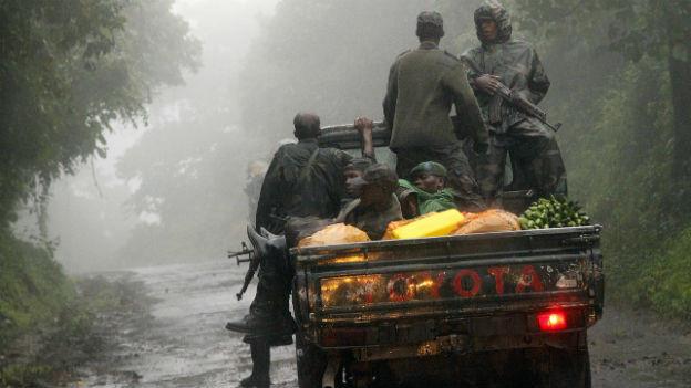 M23 Rebellen unterwegs in Kongo.