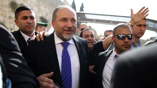 Avigdor Lieberman kurz nach seinem Freispruch.