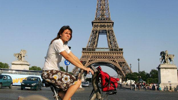 Velofahren – auch in Paris immer beliebter.