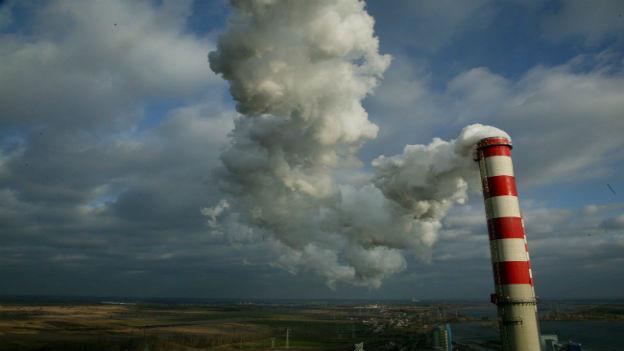 Kohlerakftwerk in Polen.