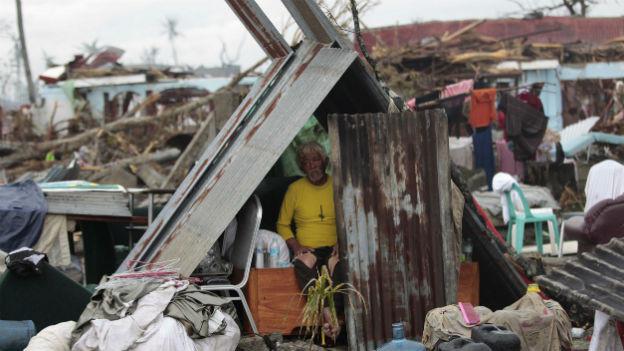 Philippinen: Hilfe kommt nur schleppend voran