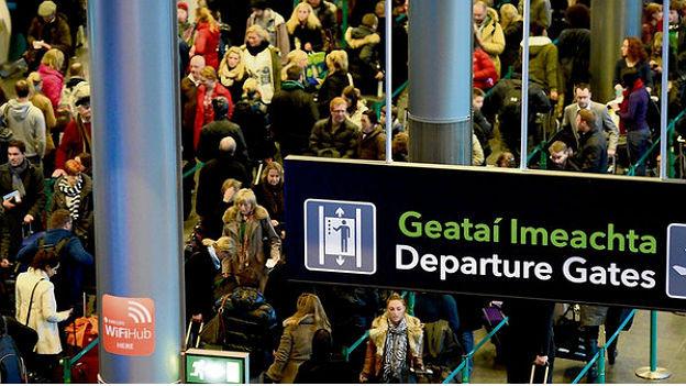 Am Flughafen Dublin.