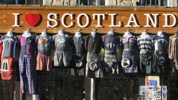 Souvenirladen in Edinburgh.