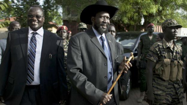 Ein Bild aus besseren Zeiten: Präsident Kiir (re) und sein damaliger Vize Machar (li) 2010.