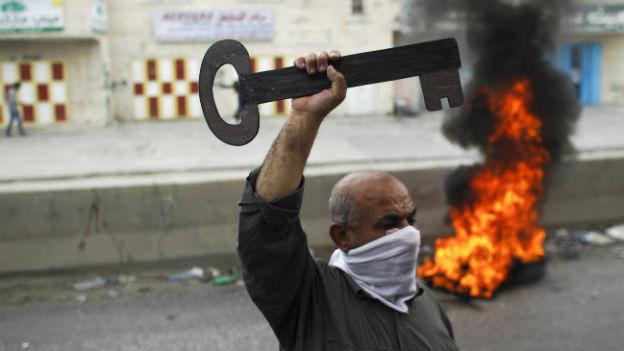 Kein Friede in Sicht: Der Hausschlüssel ist für die Palästinenser zum Symbol für ihr Recht auf Rückkehr geworden.