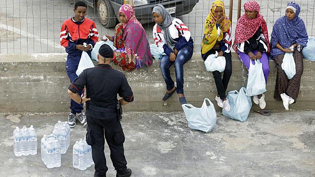 Die Hoffnung auf ein besseres Leben treibt die Menschen zur Flucht aus ihren Heimatländern.