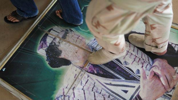 Tripolis: Grossbritannien zieht Botschaftspersonal ab