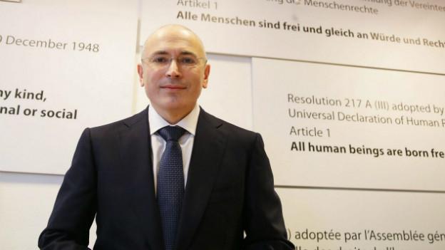 Michail Chodorkowski bei einer Pressekonferenz in Berlin im Dezember 2013.