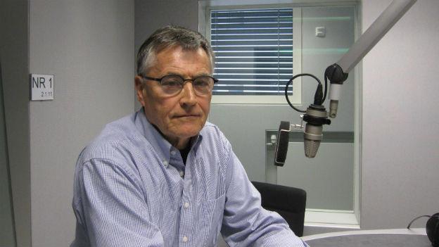 Portraitaufnahme von Max Schmid, ehemaliger Korrespondent von Radio SRF.