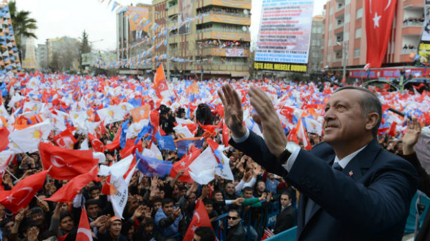 Erdogan im Wahlkampf: Er ist sich seiner Popularität sicher.