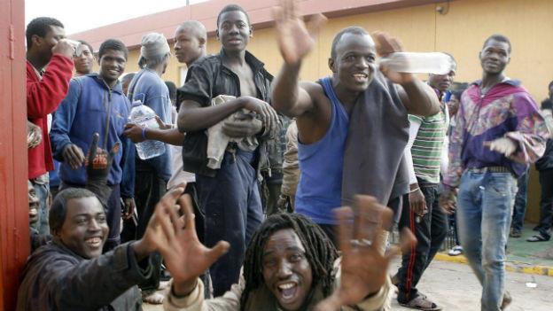 Diesen Menschen ist es am 18. März 2014 gelungen, die spanische Enklave Melilla zu erreichen.