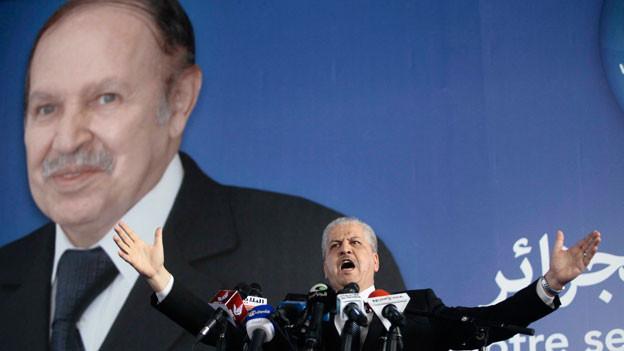 Im Wahlkampf nur auf Bildern präsent: Abdelaziz Bouteflika möchte Algerien weitere fünf Jahre regieren, ist aber zu krank, um selber aufzutreten.