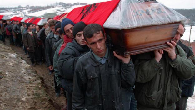 Der Kosovokrieg forderte Tausende Opfer, jetzt sollen allfällige Kriegsverbrechen aufgearbeitet werden.