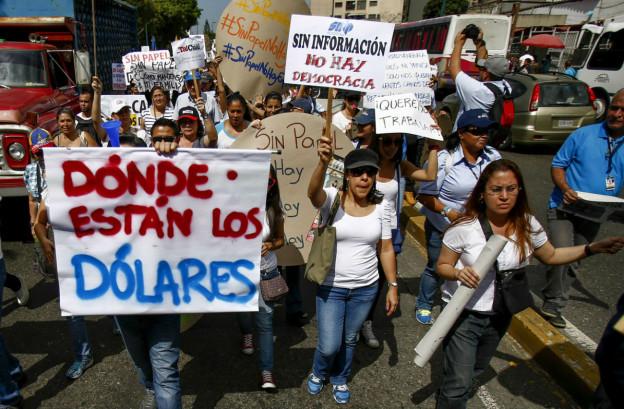 Mitarbeitende der Zeitung «El Impulso» demonstrieren in Caracas.