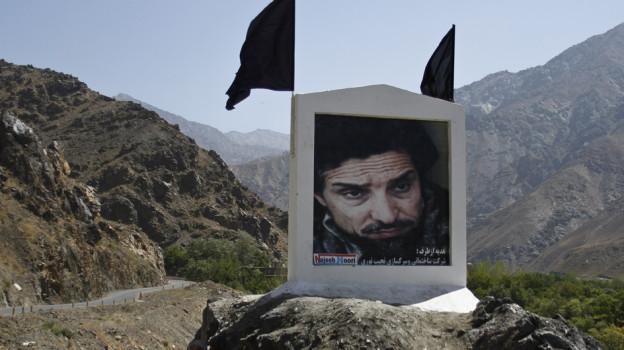 Ein Porträt des legendären Ahmed Schah Massud an der Strasse ins Pandschir-Tal.