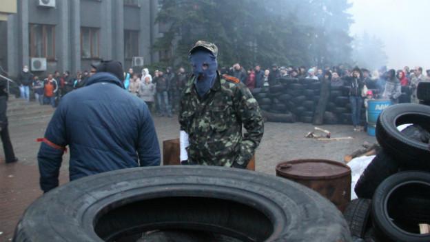Pro-Russische Aktivisten in der Ost-Ukrainischen Stadt Makeyevka.