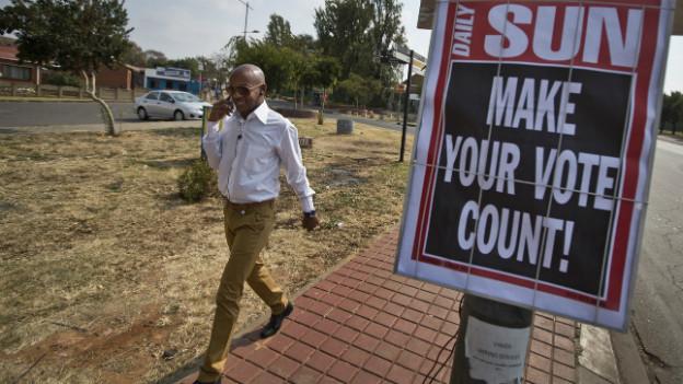 Ein Wahlplakat in den Townships von Johannesburg.