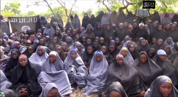 Dieses Bild soll die entführten Mädchen in Nigeria zeigen
