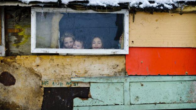 Kinder in einer Roma-Siedlung in Baia Mare, Rumänien.