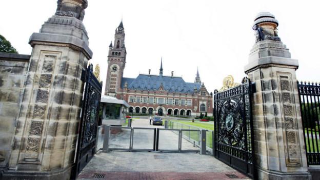 Ein Blick auf das Gebäude, in dem sich das Schiedsgericht PCA in Den Haag befindet.
