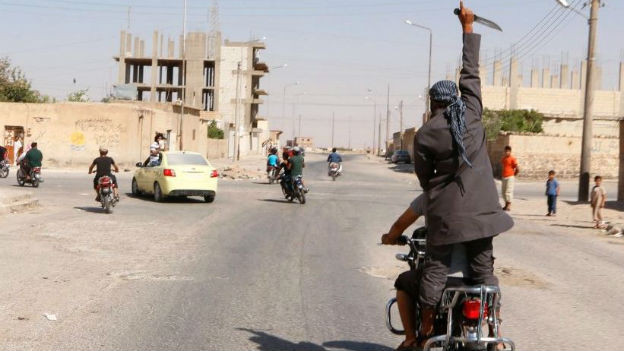 In Tabka wird der Sieg gegen die syrischen Regierungstruppen gefeiert.
