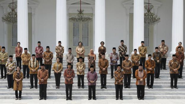 Das indonesische Kabinett in einem Gruppenfoto.