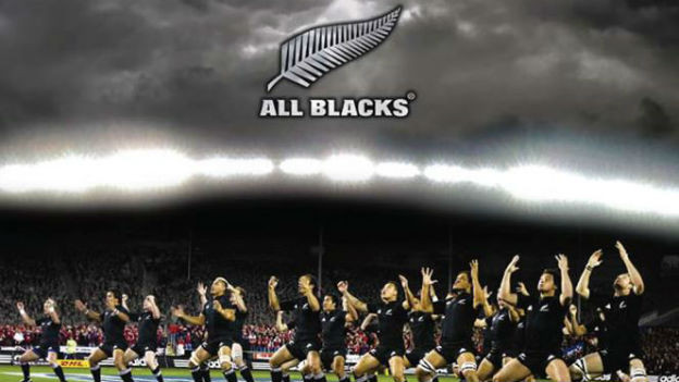 Das neuseeländische Rugby-Team der «All Blacks» spielt schon lange mit dem Emblem des Silberfarns