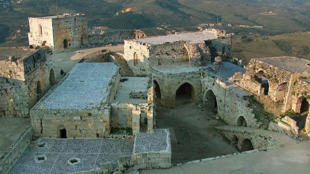 Grosse mächtige Burg, Krak des Chevaliers, in Syrien.