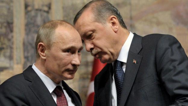 Aufnahme von Putin und Erdogan bei einem Treffen in Istanbul vor zwei Jahren.