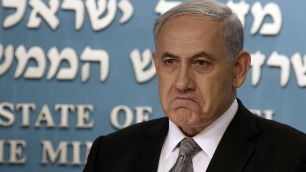 Benjamin Netanyahu mit mürrischen Gesichtsausdruck.