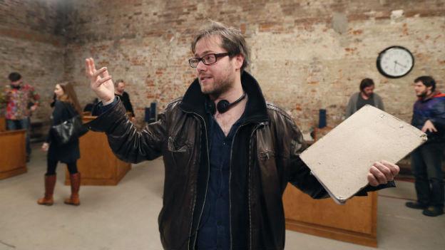 Der Regisseur Milo Rau steht im Moskauer Sacharow-Theater.