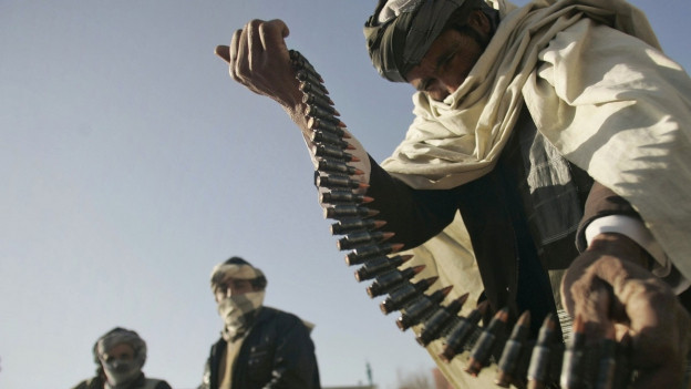 Taliban zeigt seinen Patronengürtel