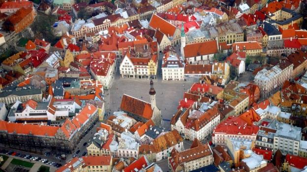 Blick von oben auf eine Altstadt