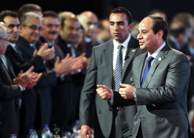 Aufnahme von Ägyptens Präsident al-Sisi bei seinem Auftritt an der Geberkonferenz.