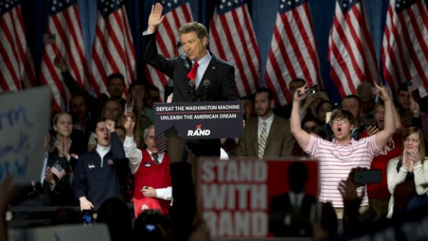 Der republikanische Senator Rand Paul spricht vor seinen Anhängern.