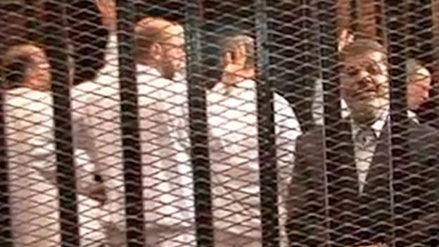 Der ägyptische Ex-Präsident Mursi wurde zu 20 Jahren Haft verurteilt