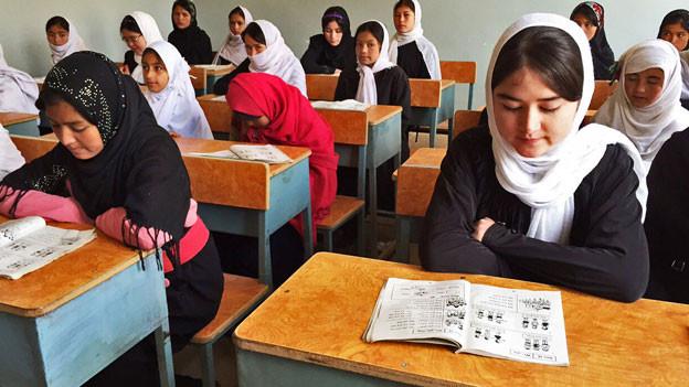 Mädchenkoranschule in Afghanistan.