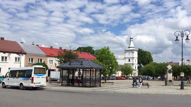 Wer kann, der geht. Das Städtchen Nowyzmigrod im Vorkarpatenland in Polen.