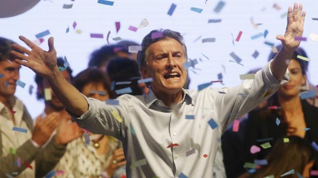 Zu sehen ist Oppositionspolitiker Mauricio Macri an einer Wahlveranstaltung in Buenos Aires.
