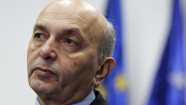 Zu sehen ist der Premierminister des Kosovo Isa Mustafa.