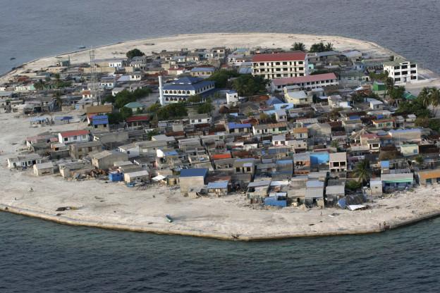 Die Kandolhudhoo Insel gehört zu den Malediven und hat 3500 Einwohner.