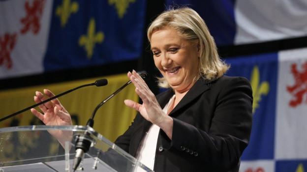 Auf dem Bild ist Marine Le Pen vom Front National zu sehen