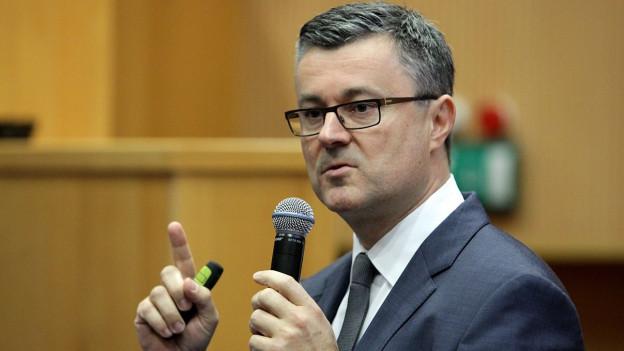 Auf dem Bild sieht man den neuen kroatischen Ministerpräsidenten Tihomir Oreskovic