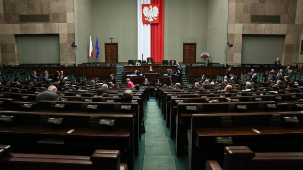 Der leere Plenarsaal des polnischen Parlaments.