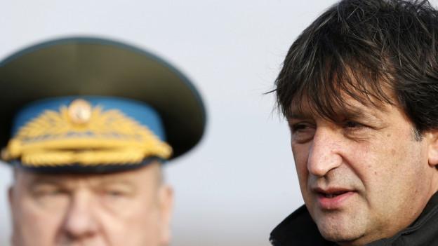Der serbische Verteidigungsminister Bratislav Gasic