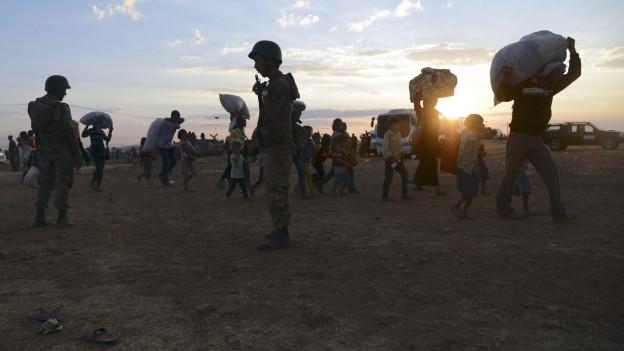 Flüchtlinge aus Kurden, mehrheitlich Kurden, an der Grenze zur Türkei.