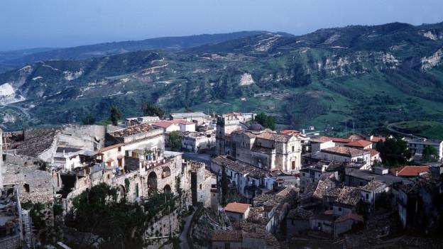 Das Städtchen Stilo in den Bergen von Kalabrien