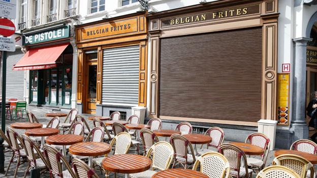 Leeres Café in Brüssel: Wer hat noch Lust zum Flanieren nach den Attentaten?